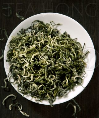 Green tea: Silver Curls