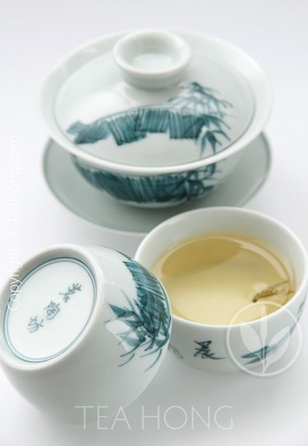 Hand-painted Gaiwan Set: Morning Melody