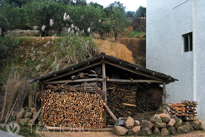 Firewood shack in Danhu