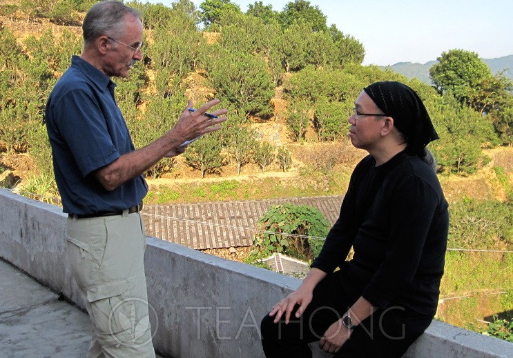 Discussion with a Swiss client in a tea farm in Wudong, Phoenix