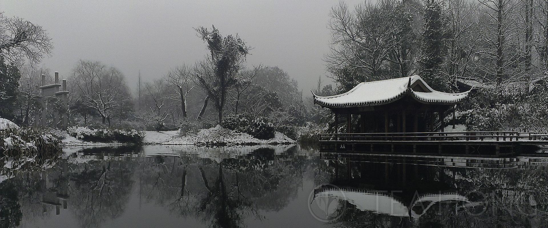 Tranquil snow scene in West Lake, Hangzhou, Zhejiang
