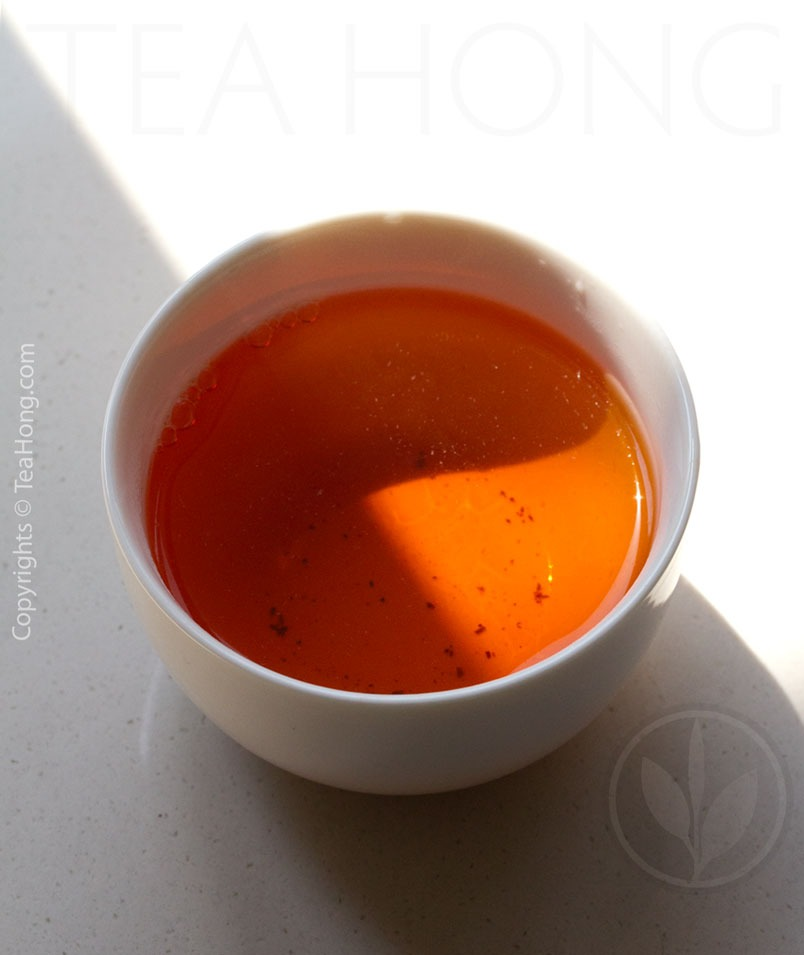 Infusion colour of Imperial Topaz Nepali Black Tea