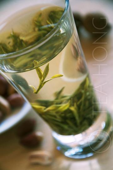 Longjing infused in waterglass