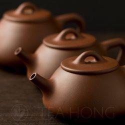 Zhou Li Ping: Shi Piao   Yixing teapot — three in a row