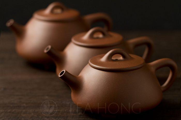 Zhou Li Ping: Shi Piao | Yixing teapot — three in a row