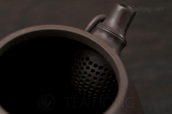 Yixing teapot — Wu Min: Bamboo Shi-piao strainer
