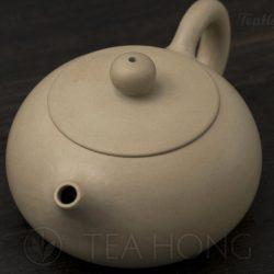 Wang Zhi Ping: Reverse Handle Concubine