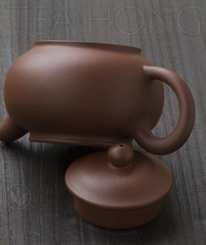 Yixing teapot by Chen Shun Pei