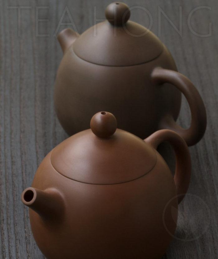 Yunnan Zitao Teapot   Yau Cheng: Dragon Egg — Red, 3 quarter view